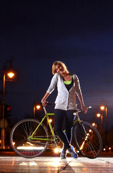 Cyclechic 24/7, avagy bringasikk az éjszakában
