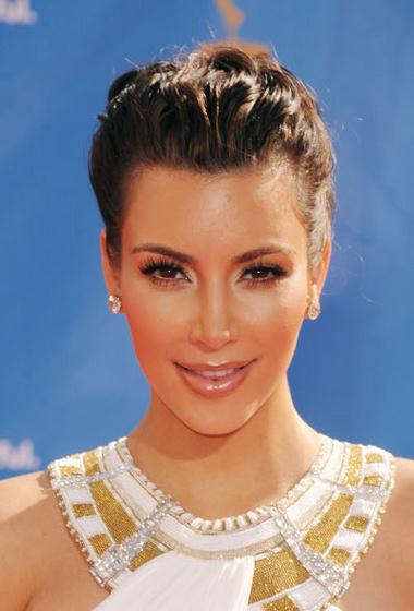 Virgogirl: 2010emmy kardashian02