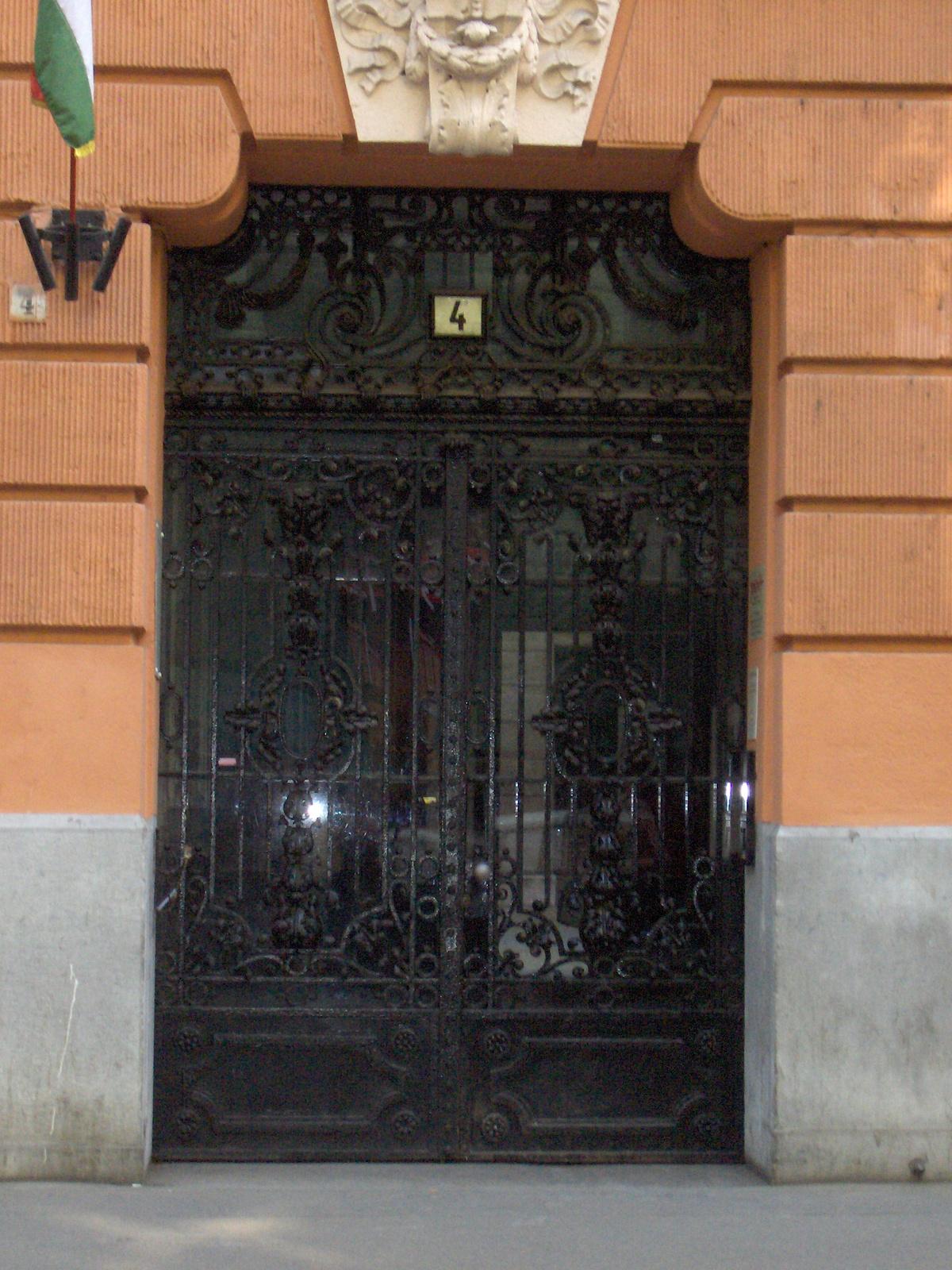 Semmelweis utca 4 002
