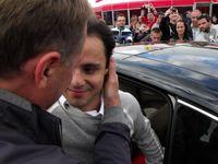 Felipe búcsúja megmentőjétől az arcáról minden leolvasható