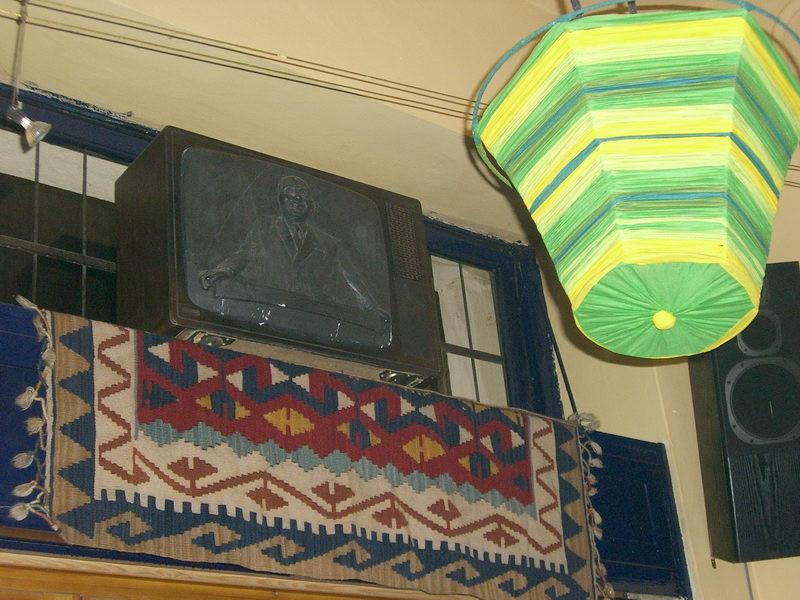Pártember a tévében