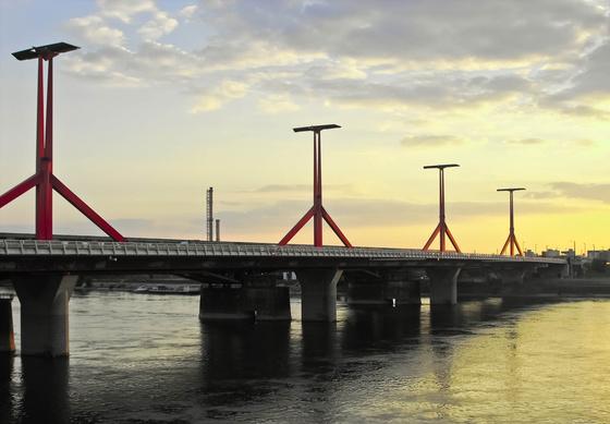 Bitty: Lágymányosi-híd Budapest