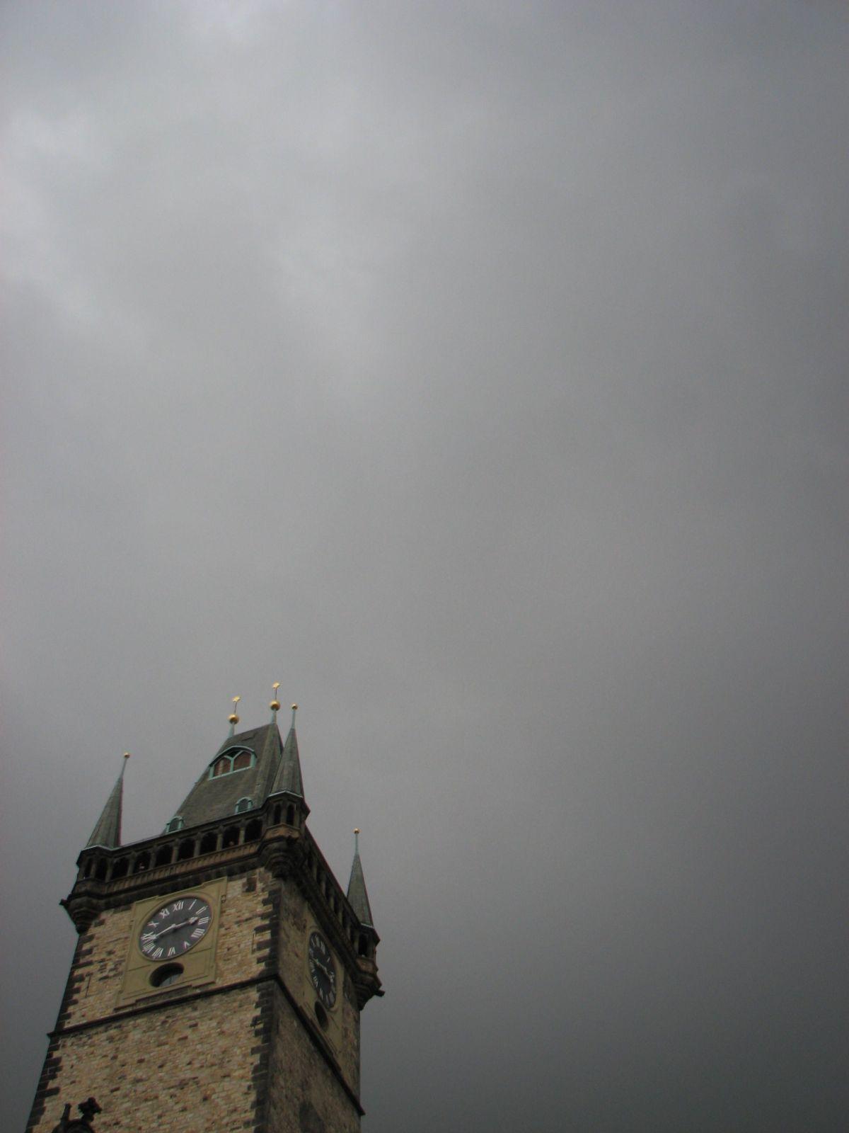 Torony az ég ellen